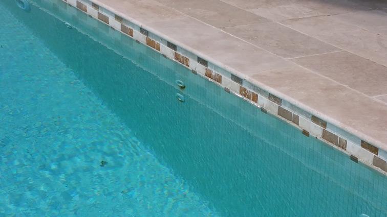 piscine-eze-bord-de-mer